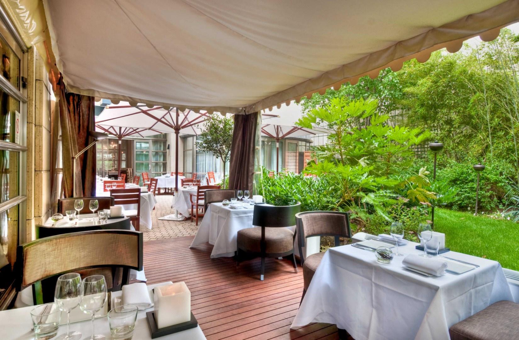 Hotel Ampere - Terrasse
